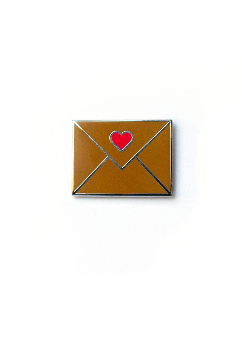 gold envelope