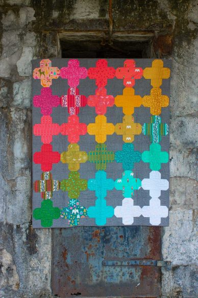 ventan quilt in holiday